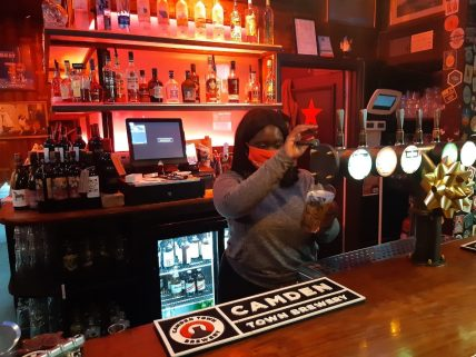Visit to Abbey Arms on Small Business Saturday